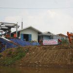 "Aktivis Lingkungan ""Segel"" Pabrik di Bantaran Sungai Cisadane"