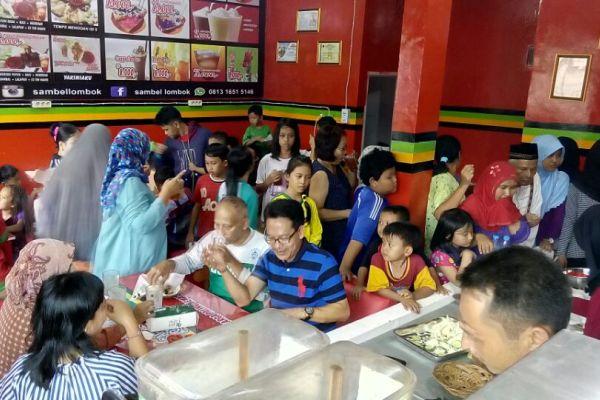 Ramai, pembukaan Resto Sambel Lombok Cabang Pamulang. (ist)