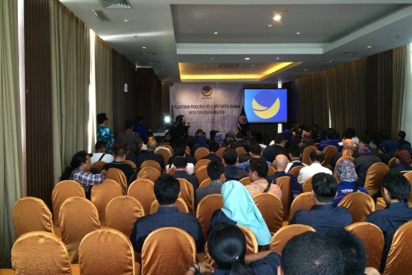 Pelantikan Ketua DPD Partai NasDem Kota Tangsel. (man)