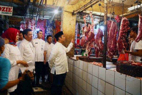 Walikota Tangerang sidak harga di Pasar Anyar. (ist)