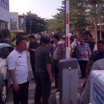 Ngamuk, Anggota DPRD Bongkar Portal Parkir