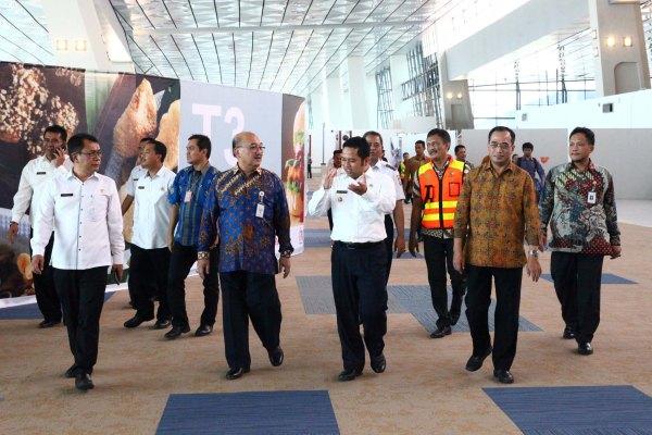 Jajaran Pemkot Tangerang saat berkunjung ke Bandara Soekarno Hatta. (ist)