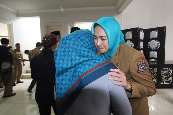 Walikota Tangsel, Airin saat silaturahmi bersama masyarakat dan pegawai Pemkot. (san)