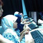 Mahasiswa Australia dan UMN Ajarkan Komputer Murid SDN Cihuni  2
