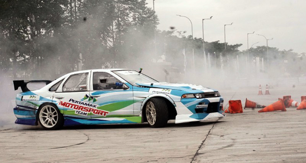 Racing Car Experience yang dipimpin oleh pembalap handal Rifat Sungkar. (ist)