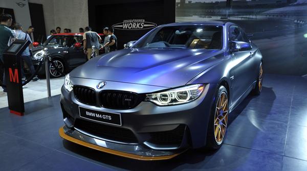 BMW M4 GTS_1JPG