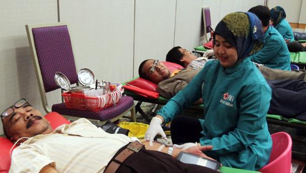 Kegiatan Blood Donation berlangsung sebagai wujud kepdulian sosial. (ist)