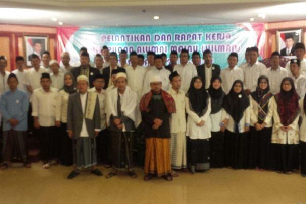 Para alumni perguruan Malnu foto bersama usai Raker. (ist)