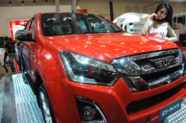 Sebanyak 16.334 unit mobil berhasil terjual di ajang GIIAS 2016. (bd)