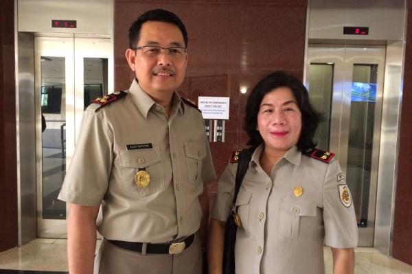 Mantan Kepala BPN Tangsel Alen Saputra dan Kepala BPN Tangsel baru, Asnawati. (nad)