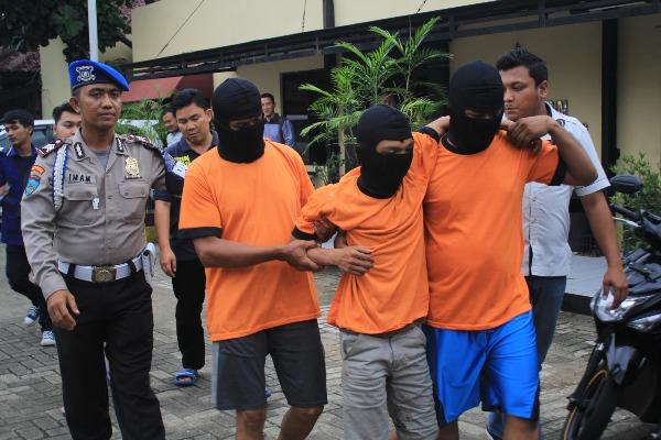 Tiga begal digelandang petugas Polres Kota Tangerang. (day)