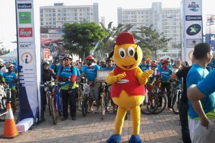 Maskot Indomaret, Sidomar dengan ceria menghibur peserta.