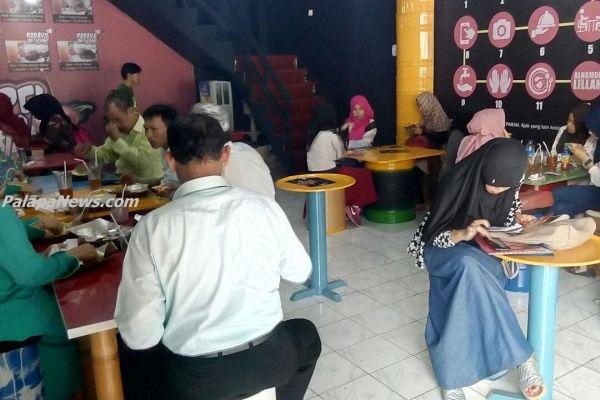 Resto Sambel Parah di Ciputat, Tangsel. (ist)