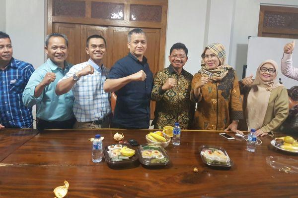 DPD II Golkar konsolidasi dengan Ketua DPD I Golkar Banten soal pelaksanaan Musda V Golkar Kota Tangerang. (uad)