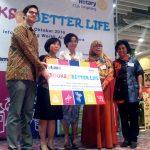 """Books for Better Life"" Informa Donasikan 3000 Buku di Tangerang"