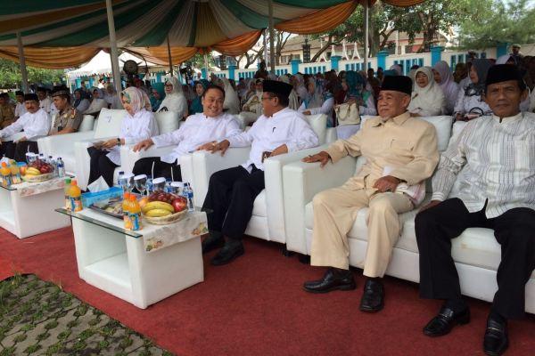 Walikota dan para tokoh di Tangsel hadir dalam peringatan Tahun Baru Islam di Pamulang. (nad)