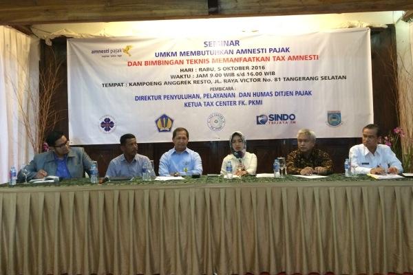 Pemkot Tangsel dan DJP melakukan penyuluhan tax amnesty bagi pelaku UMKM. (nad)