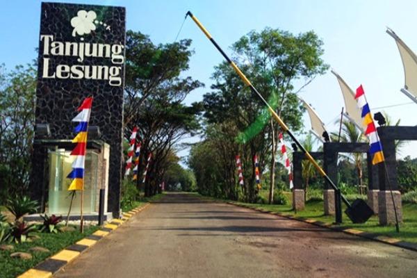 Tanjung Lesung Wisata Banten. (bantenwisata)