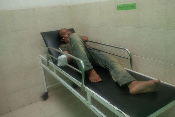Korban begal mendapat perawatan di RS Ashobirin Serpong. (uad)