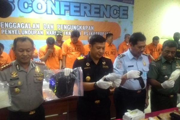 Gelar perkara kasus penyelundupan narkotika di Bandara Soekarno Hatta. (uad)