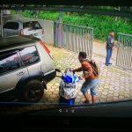 Pencurian Motor Terekam CCTV di Pondok Kacang Barat