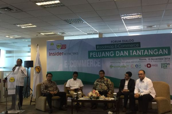 Forum Diskusi HIPMI membahas tentang e-Commerce. (ist)