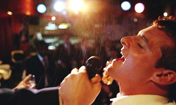 Ilustrasi karaoke. (net)