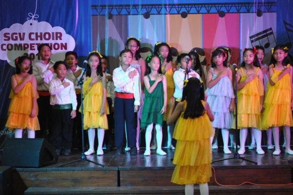 Salah satu penampilan dari tim paduan suara dalam SGV Choir Competition. (ijul)