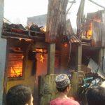 2 Rumah di Babakan Ujung Ludes Terbakar