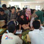 Kantor Kecamatan Jatiuwung Digeruduk Pencari Kerja