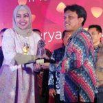 Tim PR XL Axiata Raih 2 Penghargaan PRIA 2017