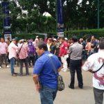 Ratusan Pedagang Pasar Senen Demo di Depan Kantor JRP