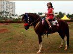 serunya-olahraga-berkuda3