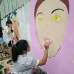 Percantik Jalan Berhias, Puluhan Pelajar Ikut Aksi Mural