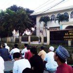 Ribuan Jama'ah Shalat 'Id Tumpah di Masjid Al-Mujahidin Serpong