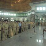 Di Masjid Al Adzhom, Arief Lantik 121 Kepala dan Pengawas Sekolah