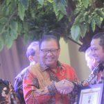 Walikota Tangerang Raih Penghargaan Jasa Dharma Bakti Koperasi