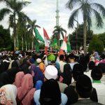 Ribuan Masyarakat Kota Tangerang Meriahkan Gerak Jalan Sarungan