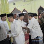 Arief Ajak Warga Karang Mulya Salat Jamaah di Masjid