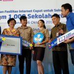 """XL Axiata Tuntaskan Program """"1.000 Sekolah Broadband"""""""