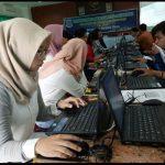 49 Warga Serpong Utara Dibekali Keterampilan Komputer
