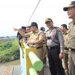 Atasi Banjir di Total Persada, Pemkot Tangerang Bangun Sheet Pile