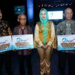 Pemkot Tangsel Beri Penghargaan Warga Taat Pajak