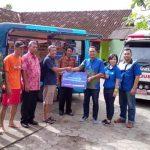 XL Axiata Salurkan Bantuan Korban Banjir