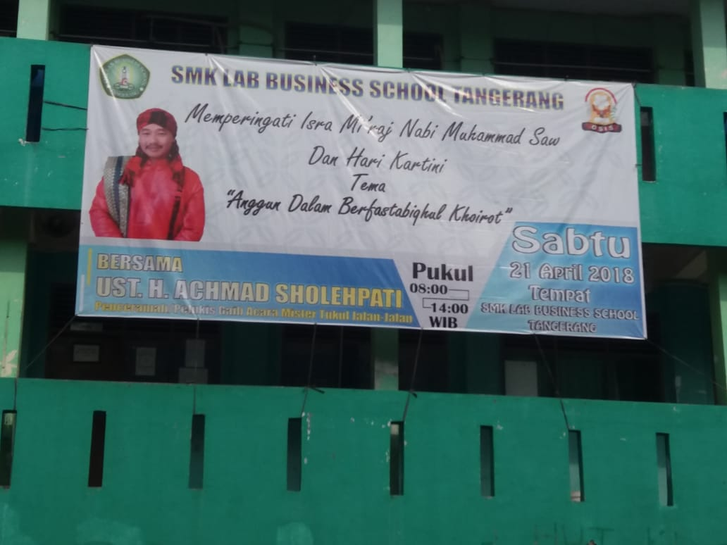 Smk Lab Business School Gelar Isra Mi Raj Dan Hari Kartini Palapa News