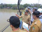 Walikota Tangerang Sungai Cisadane
