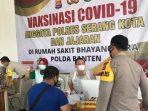 Vaksinasi Personel Polda Banten